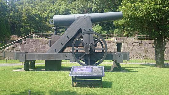 仙巌園の鉄製150ポンド砲