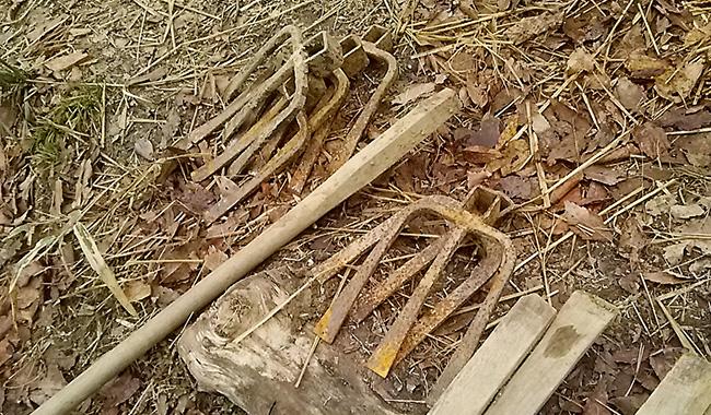 鍬の修理、壊れた鍬